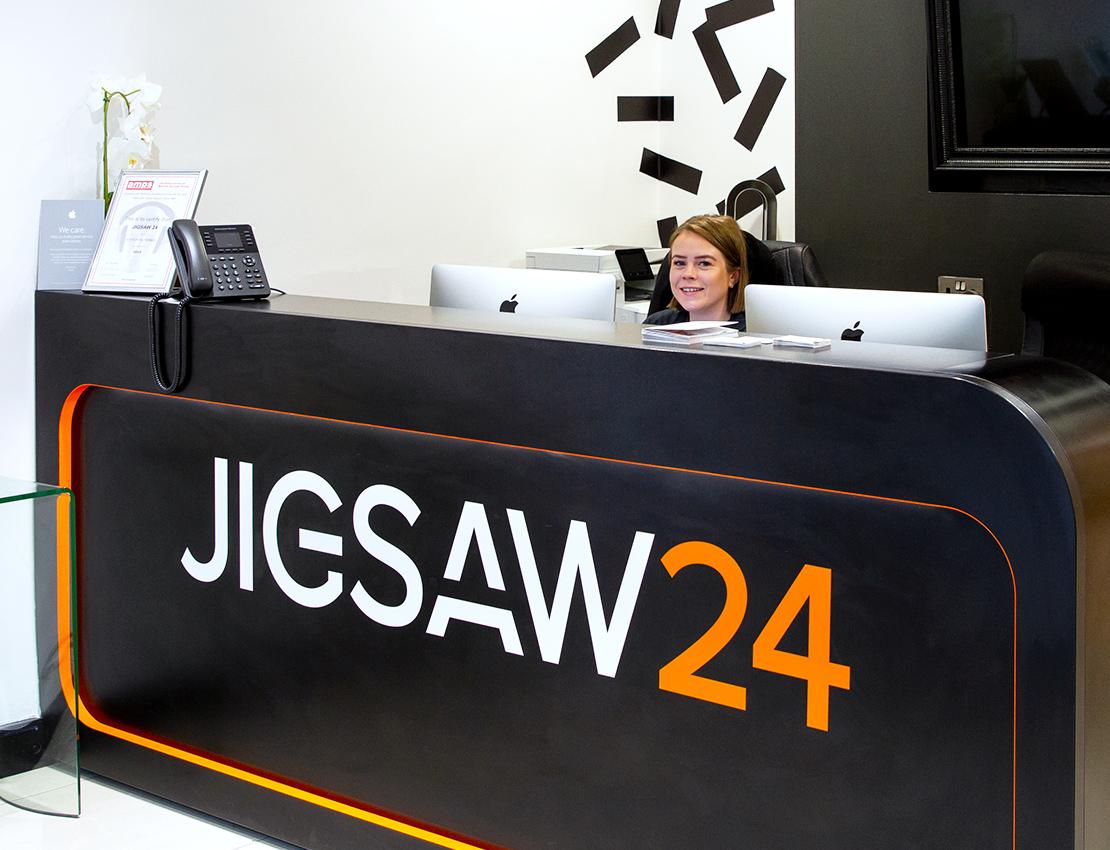 Jigsaw24 Soho reception desk